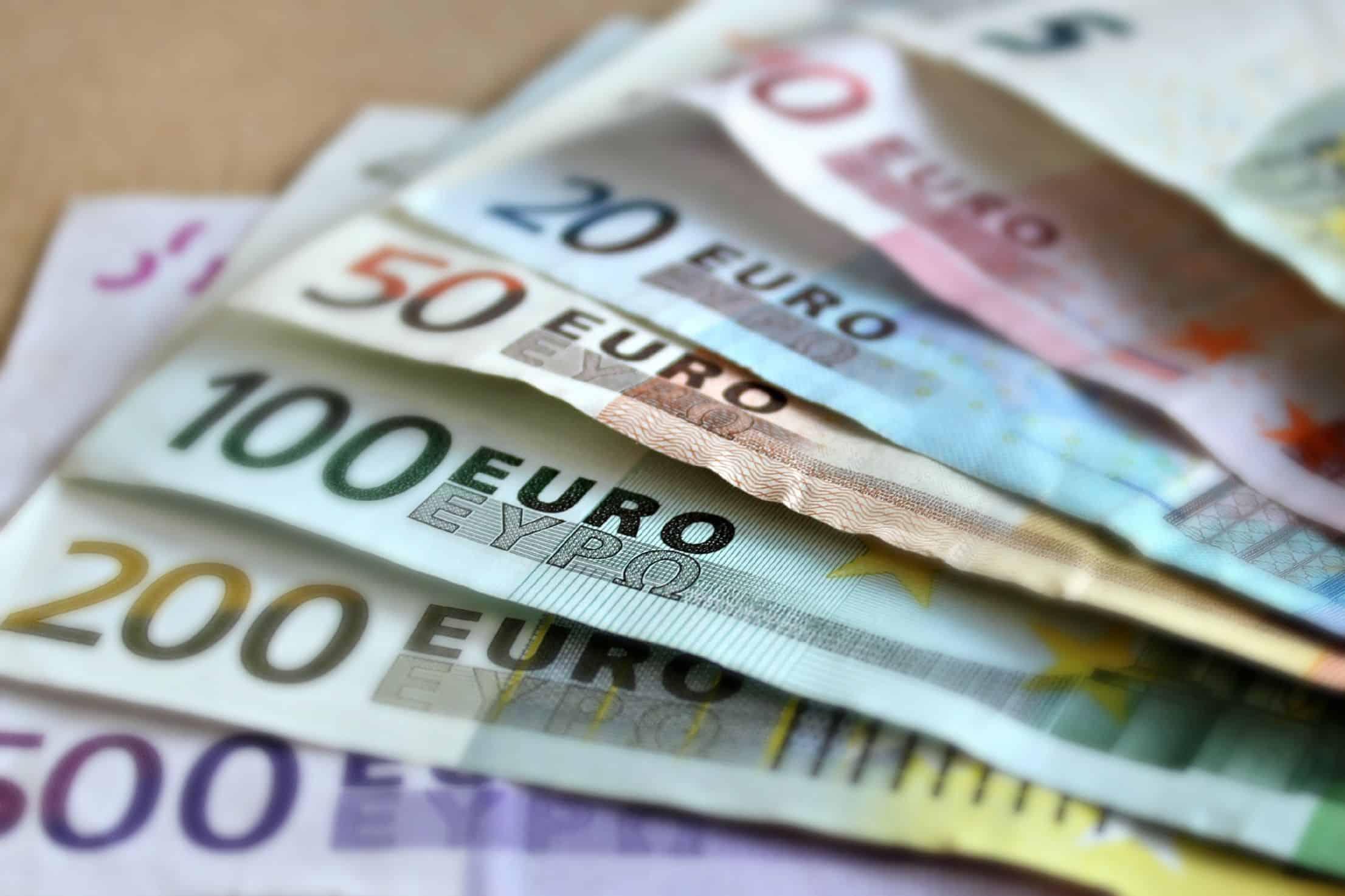 rahaa_nopeasti